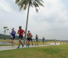 IMB15_Run_Group-on-flat-course