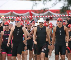 IMB15_Swim_Age-Groupers-Walking-to-the-Sea_Elite-2